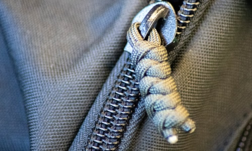 Replace Zipper Pulls with Paracord - Paracord Planet