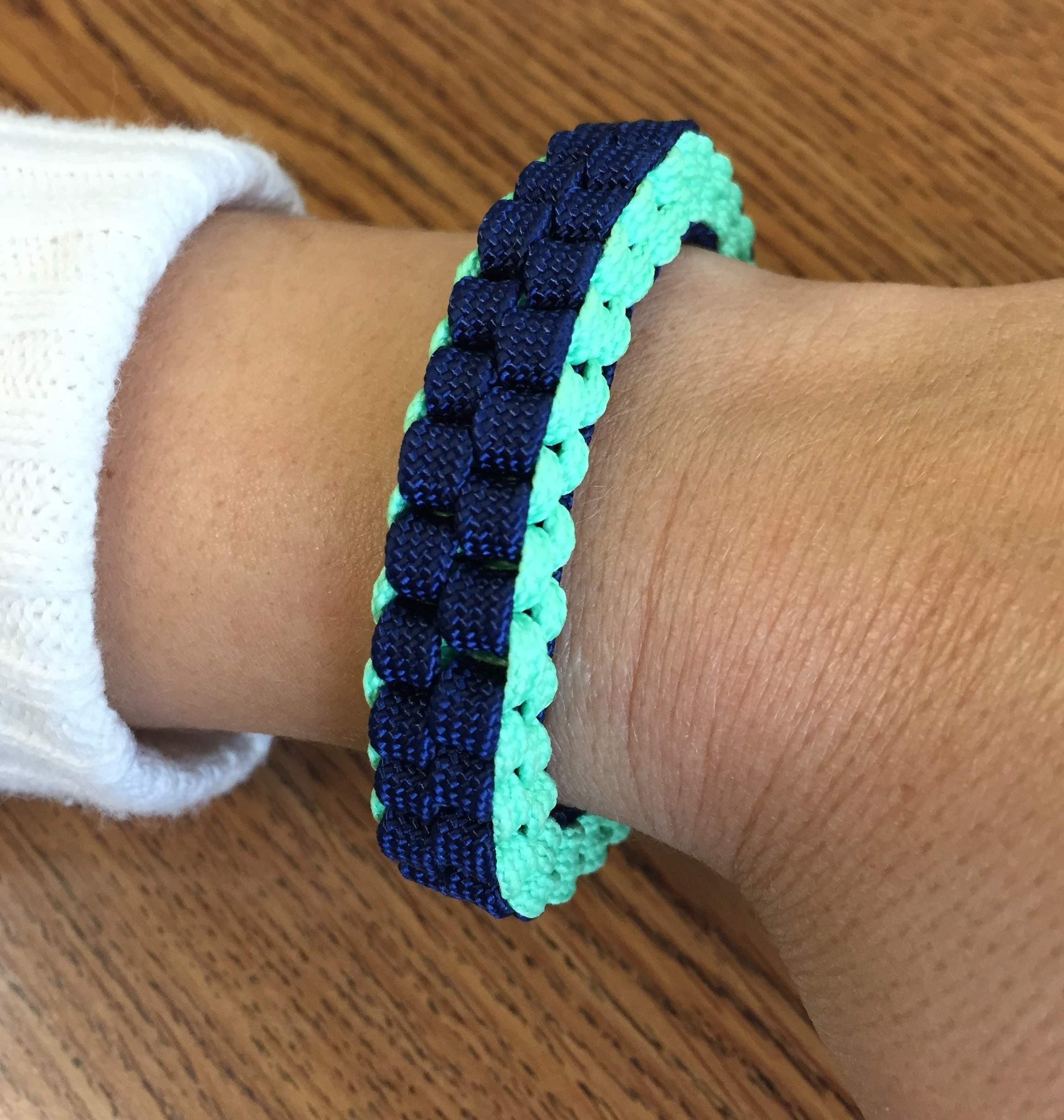 Square Braid Paracord Bracelet